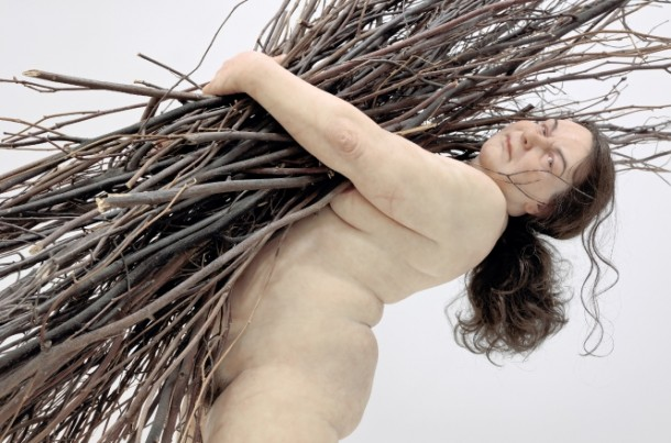 woman-with-sticks_