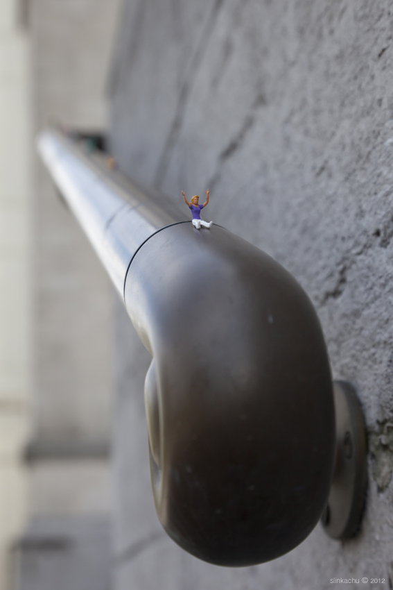 Street art Slinkachu Faith