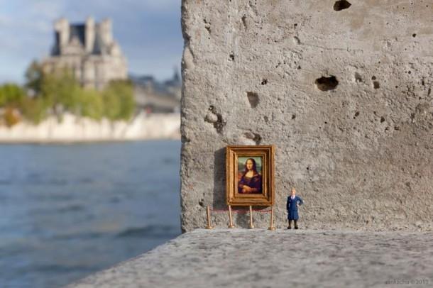 Street art Slinkachu le Louvre