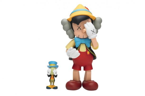 ART TOYS Kaws street artiste NY Pinocchio en 3D