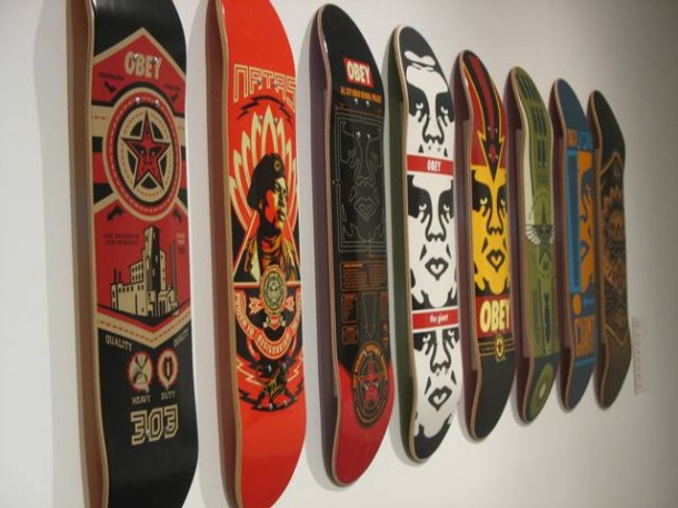 Street art Frank Shepard Fairey Skateboards