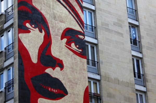 Street Art OBEY Fresque Paris