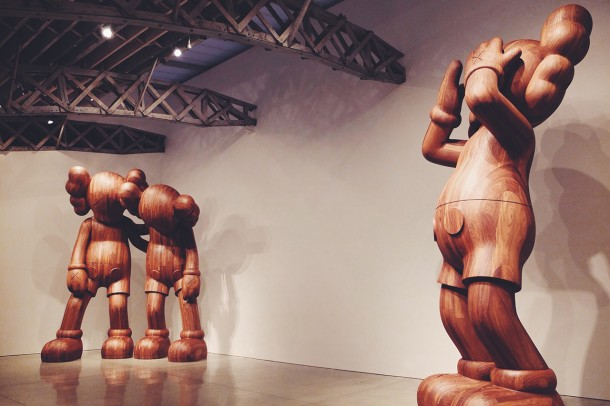 Sculpture Kaws Exhibiiotn Mary Boone Gallery