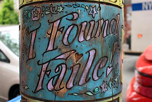 Street art FAILE Collectif d'artiste 14 Totems