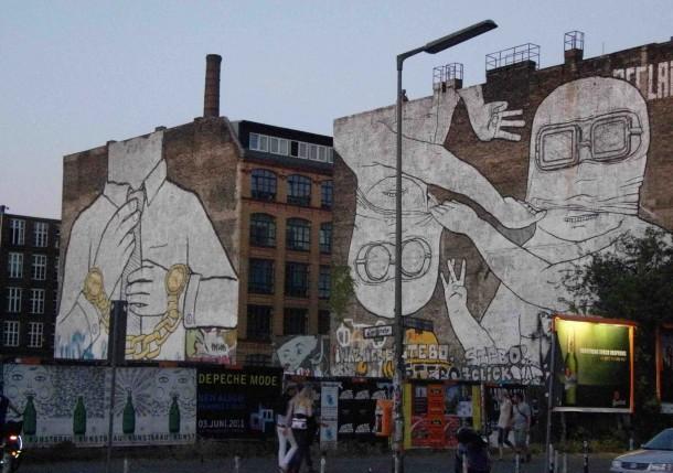 Street art BLU 04