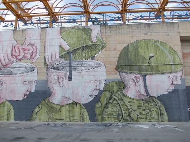 Street art BLU 15