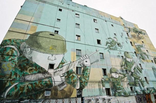 Street art BLU 16