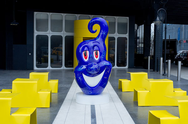 Street art Kenny Scharf Sculpture 02