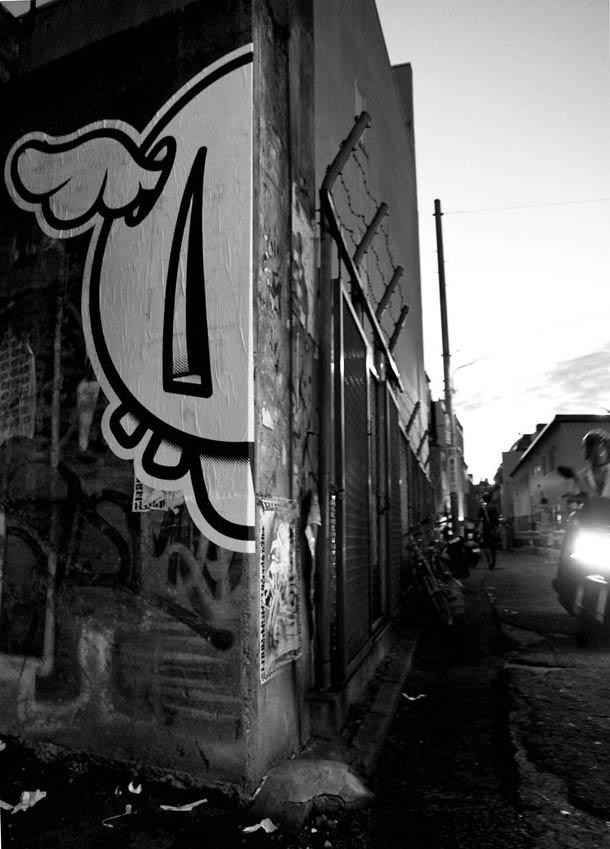 Street art D*Face 10