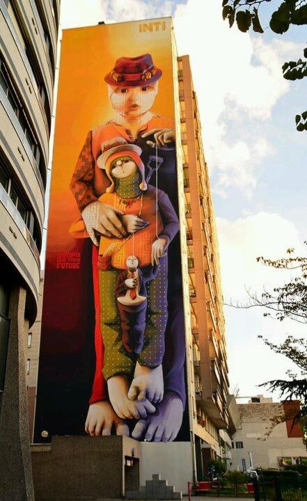 Street art INTI Immeuble à Paris 75013