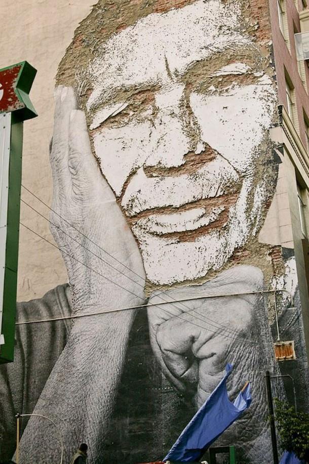 Vhils Street art Fresque murale 03