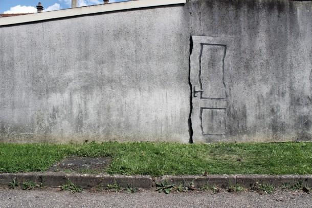 """Pejac """"Exit to surrealism"""""""