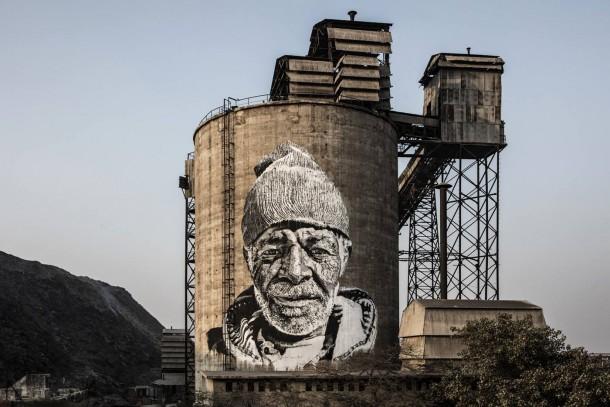 street-art-in-new-delhi-india-by-german-artist-ecb-hendrik-beikirch-for-start-india-photo-by-ecb-hendrik-beikirch